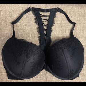 Victoria's Secret Very Sexy Front Close Push-up